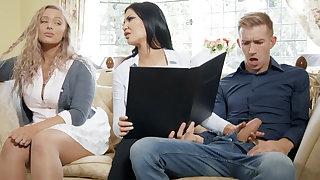 Girlfriend's busty overprotect hardcore sex