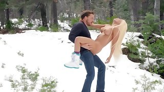 Fantasy outdoor winter porn adjacent to Luna Star