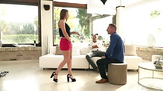Charming babe Renata Fox gets double penetrated for the first time