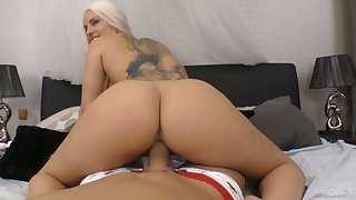 Mesmerizing Blanche Bradburry is so amenable as she rides strong cock on top