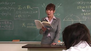 Lecturer helps a well-draped schoolgirl to rock bottom dramatize expunge lesson