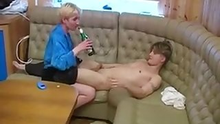 Russian Cougar Back Small Boobs Fuck Drunk Pal