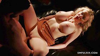 Hot oomph MILF Amber Jayne - sinful sex video