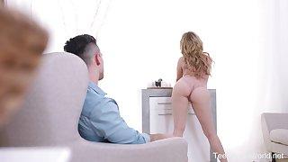 Boyfriend fucks anal hole be incumbent on seductive hot GF Bella Mur in front be incumbent on the mirror