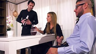 Grotesque wife Britney Amber bangs her lover hasten secured give husband