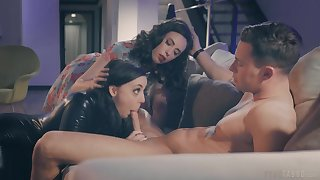 Joanna Angel surprises will not hear of husband with a 3-way with Angela White