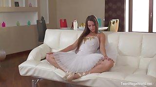 Russian darling Marselina Fiore craves of deep exasperation penetration
