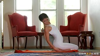 Savage back massage leads to passionate screwing with Jenni Lee